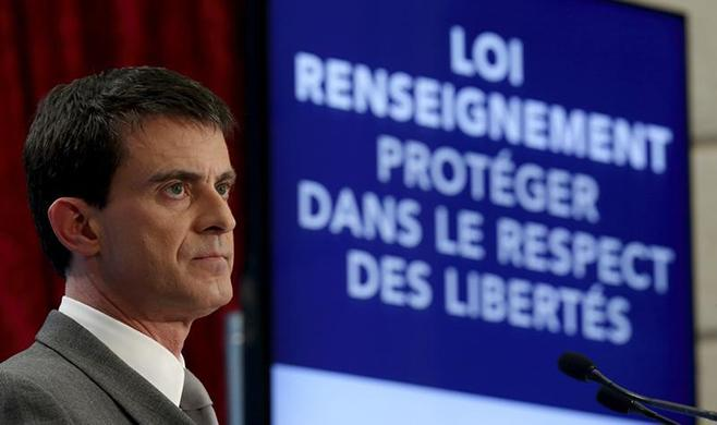 2015_france_surveillance_valls