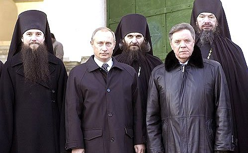 putin-at-russian-orthodox-monastary